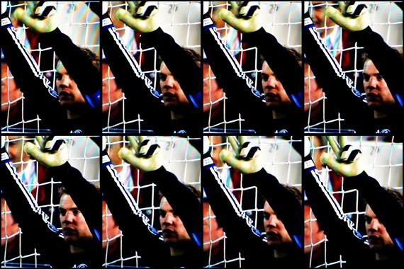 10-11 UEFA Champions League Round of 16 1st Leg Valencia vs Schalke 3