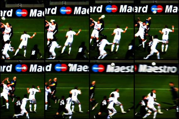 10-11 UEFA Champions League Round of 16 1st Leg Lyonnais vs Real Madrid 6