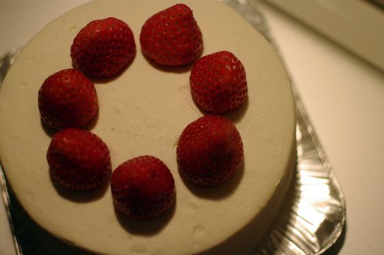 HARBS ストロベリーケーキ 2
