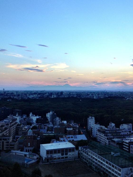 iPhone4Sで撮った神宮前オフィス(18F)からの夕焼けまとめ 12
