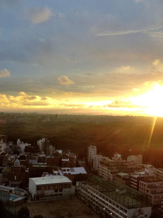 iPhone4Sで撮った神宮前オフィス(18F)からの夕焼けまとめ 13