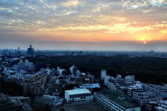 iPhone4Sで撮った神宮前オフィス(18F)からの夕焼けまとめ 15